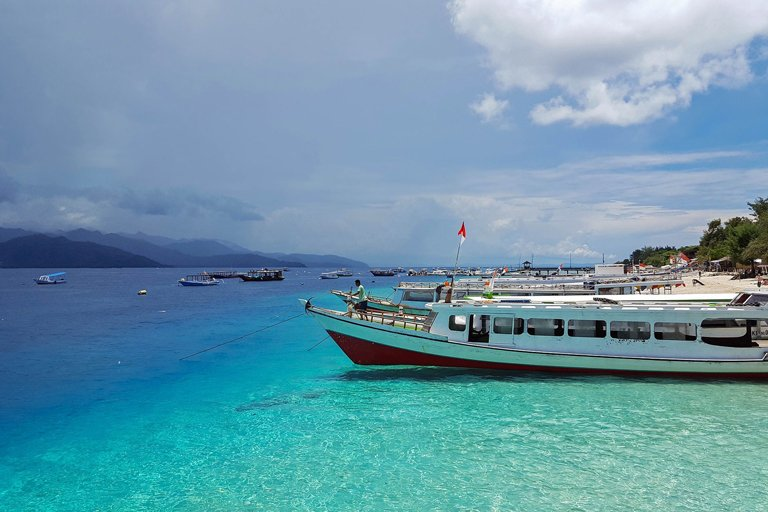 A boat ready to leave from the Gili Islands