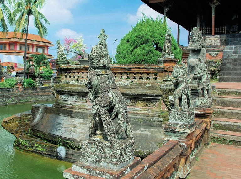 Inside Klungkung Palace, Bali
