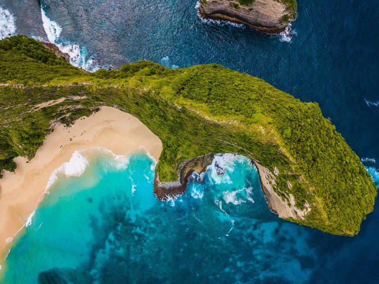Bird's eye view of the Kelingking Beach in Nusa Penida, Bali