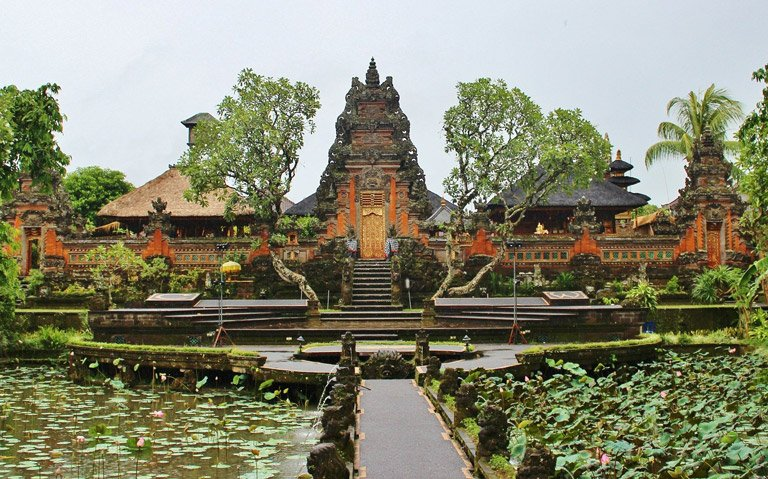 The Saraswati temple in downtown Ubud, Bali